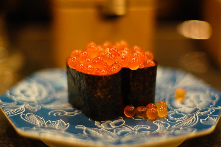 Sushi-neta-salmon-roe