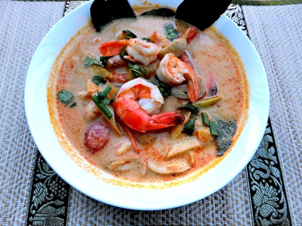 Cooking Local Thai Food in Phuket