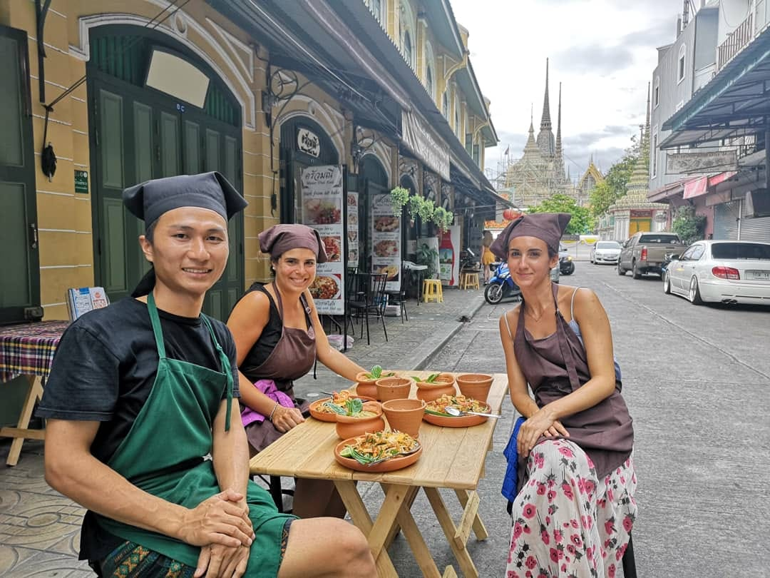 Cooking Thai Food and Local Market Tour