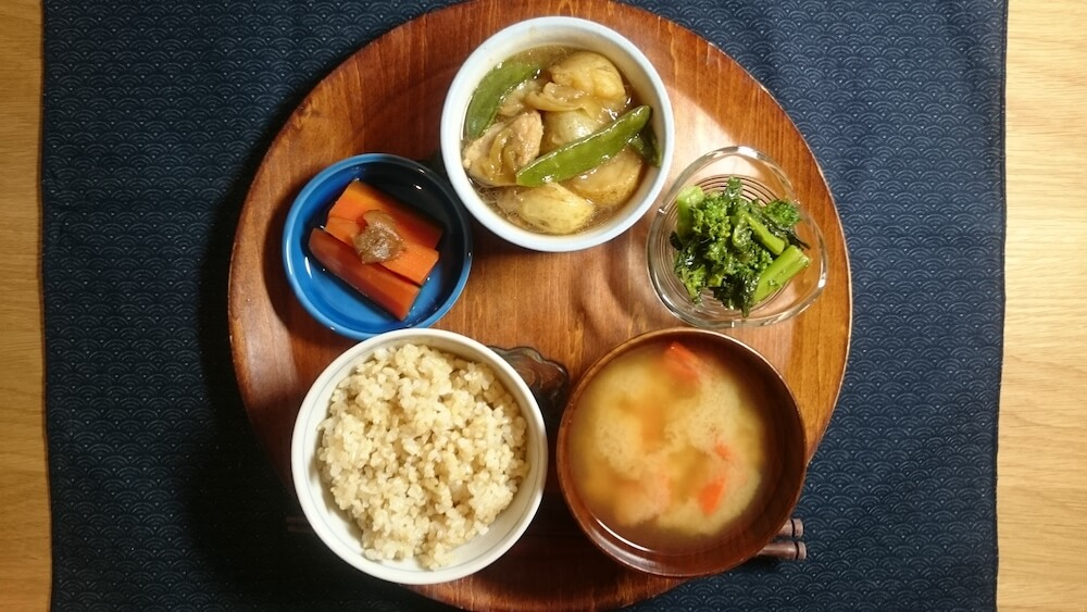 Japanese-style dishes (fish/chicken/pork/beef with some seasonal vegetables)