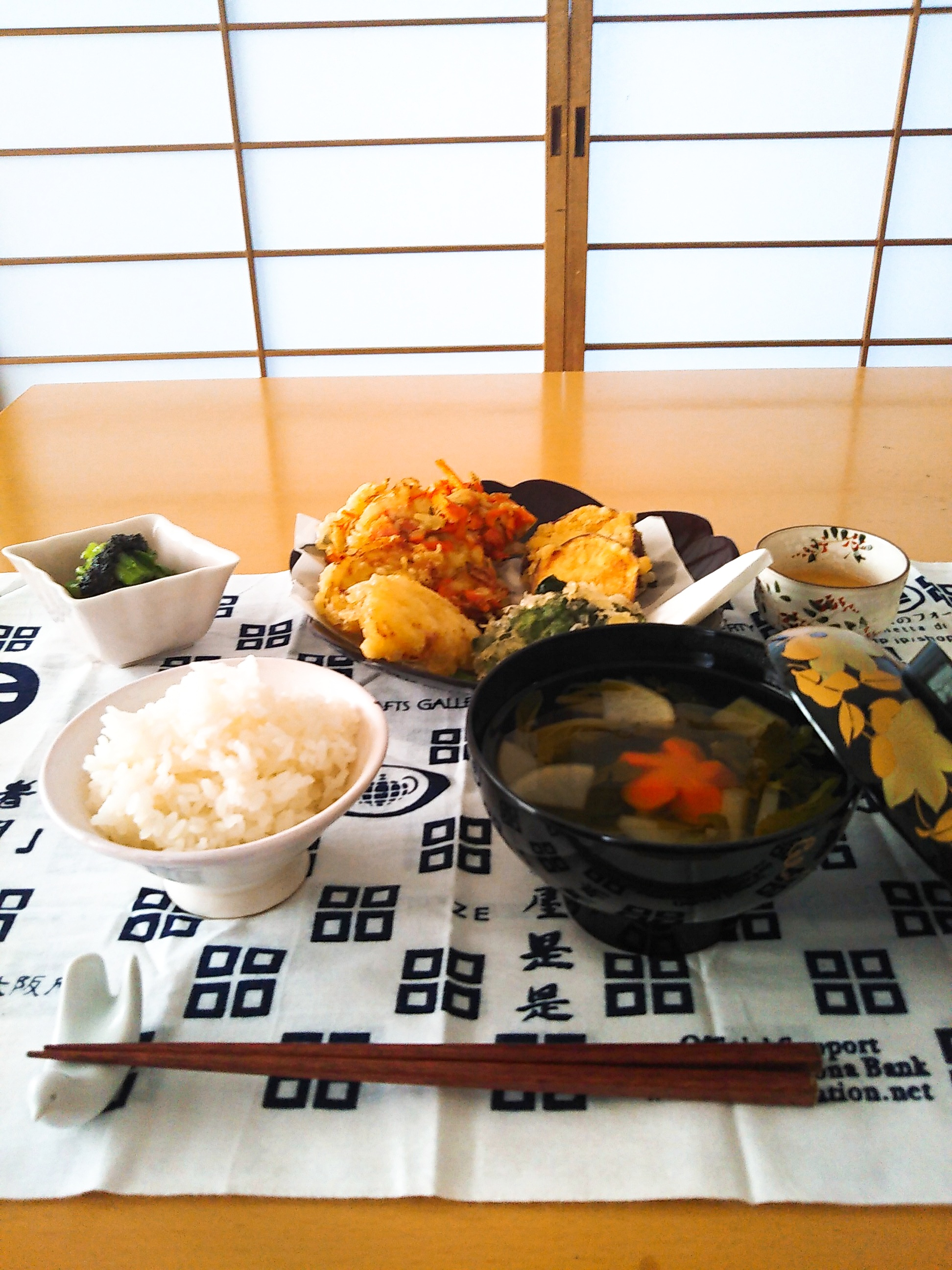 Traditional Japanese food!HomeVisit.kids welcome!