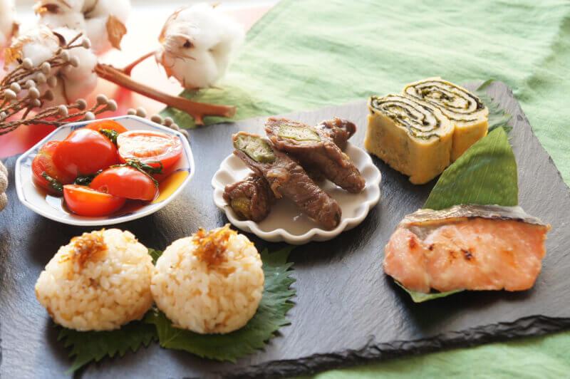 Seasonable Japanese Cuisine Cooking