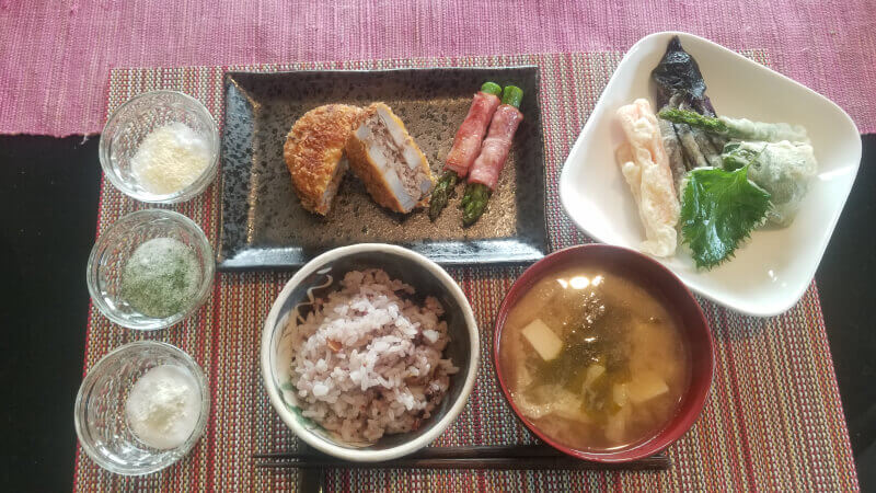 Tokyo Home Made Cooking & Onsen