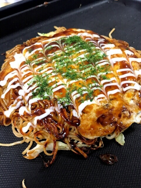Make  okonomiyaki