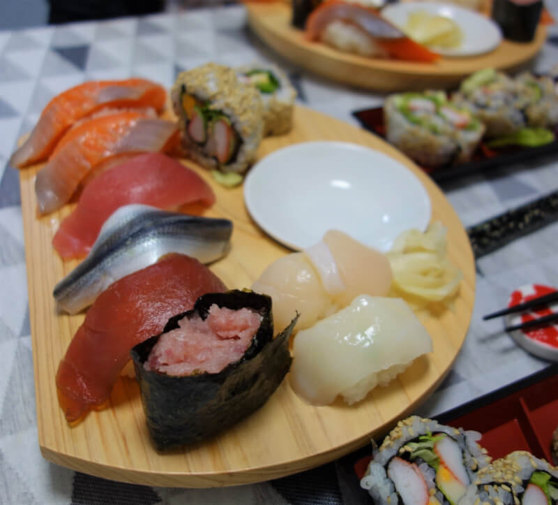 Private Class : Enjoy Sushi Making and Japanese things