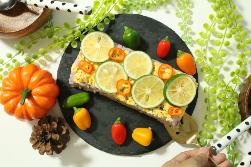 Prepare and decorate sushi with Yoko !!