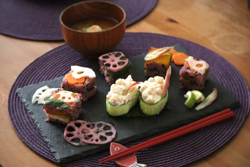 Make Veggie Sushi & Photo shooting with Yukata