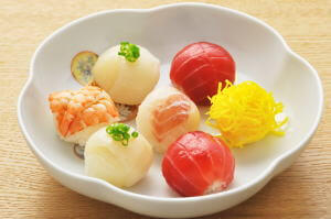 Temari Zushi(Ball-shaped Sushi)