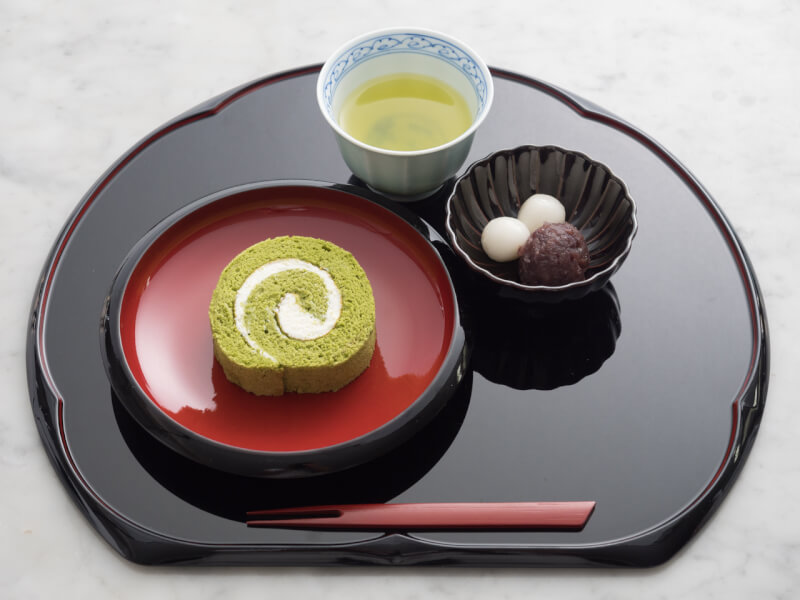 GREEN TEA ROLL CAKE SET