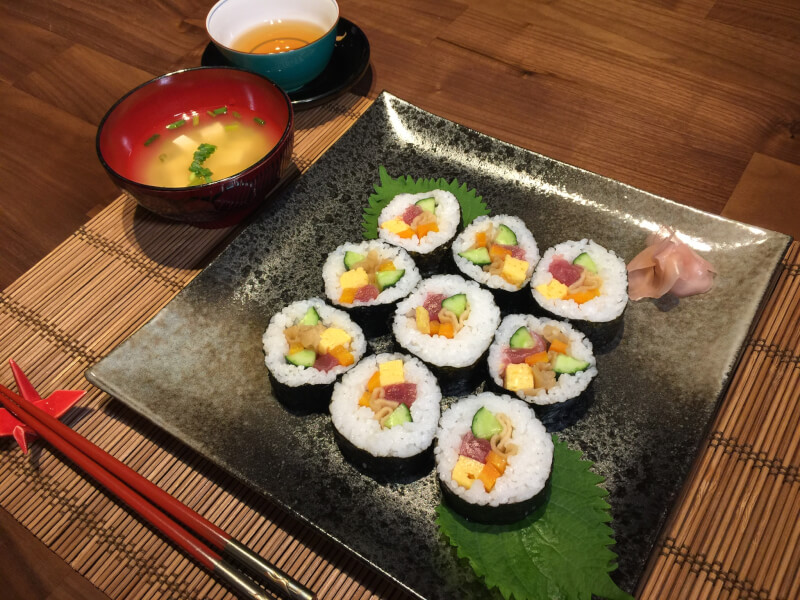 Maki sushi lesson at private home