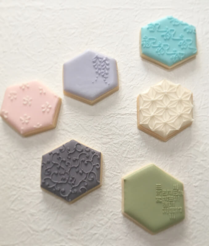 Japanese pattern icing cookies