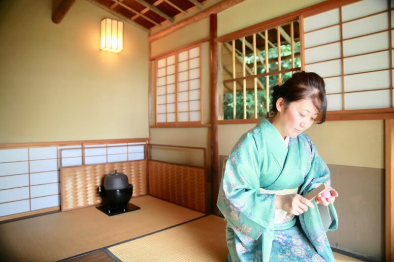 Enoshima-Kyora-Wagash (Japanese sweets) and Tea Ceremony