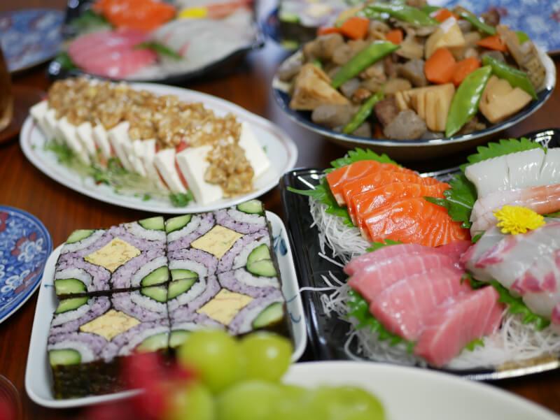 Art Sushi Roll & Miso Dengaku (deep-fried tofu and fried eggplant with miso souce)
