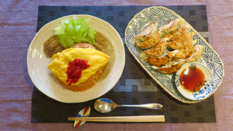 Omuraice ( Chicken rice covered by omelet)