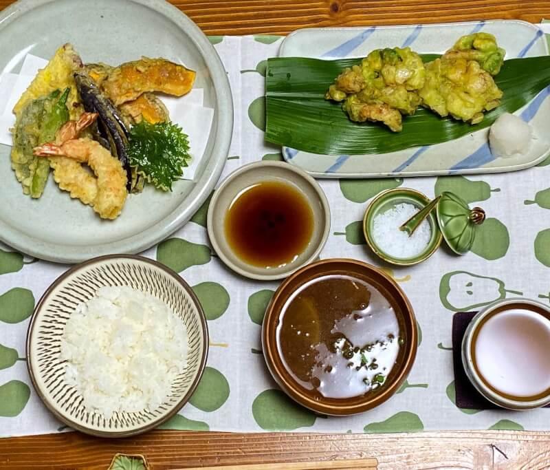 eat tempura and kakiage!
