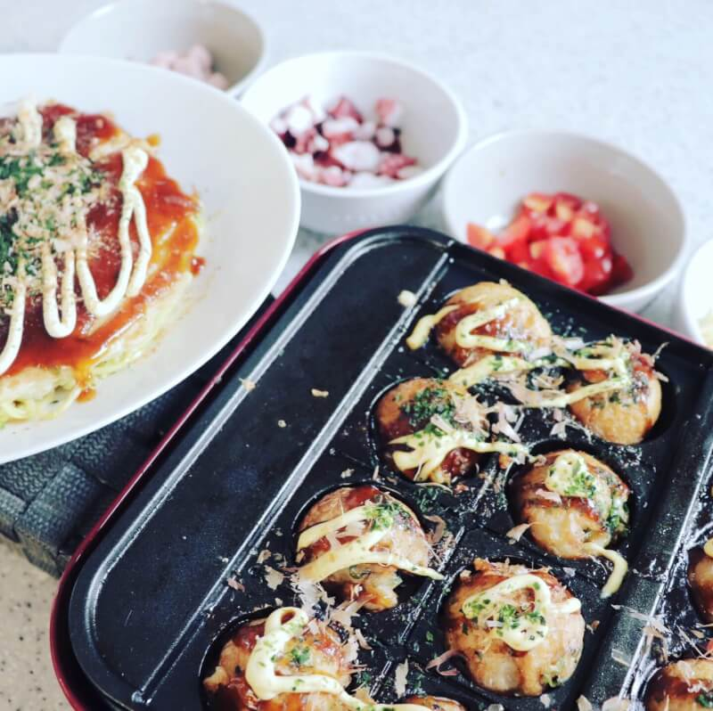 Japanese home party with okonomiyaki and takoyaki at between Nara and kyoto!you can choose your favorite ingredients.