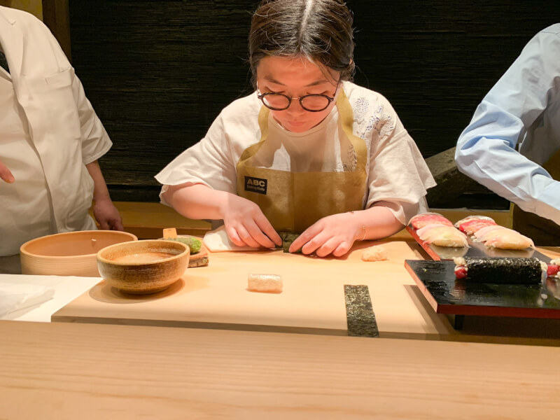 Make sushi with an expert chef