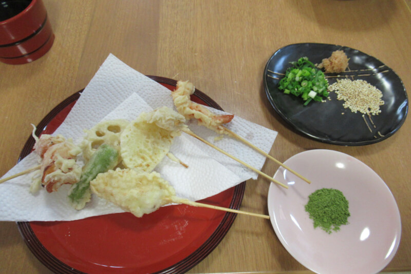 Let's cook  Hand made Udon , Tenpra and  Cooking Class at Hiroshima .