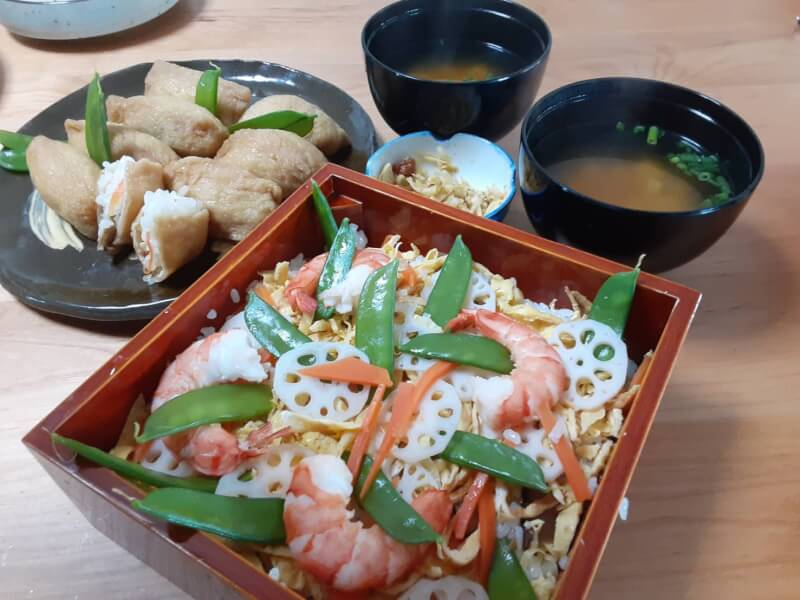 Let's cook Chirashi sushi and Inari sushi with Mummy in Kyoto!!