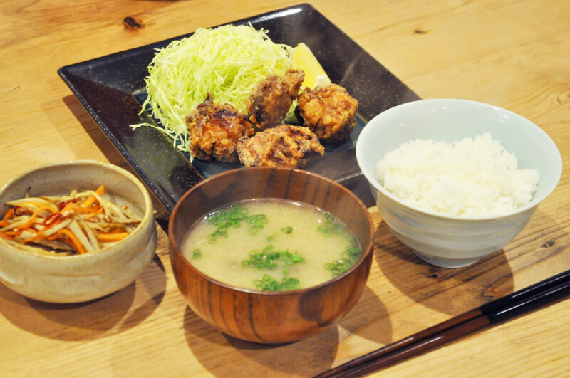 Enjoy Japanese most popular home cooking - karaage (Japanese style fried chicken), miso soup, rice and side dishes - in Mitaka
