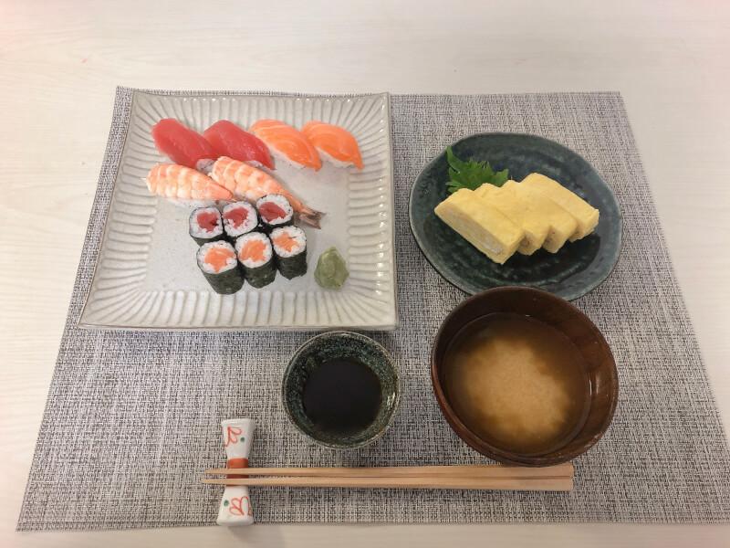 SUSHI and JAPANESE OMLETTE