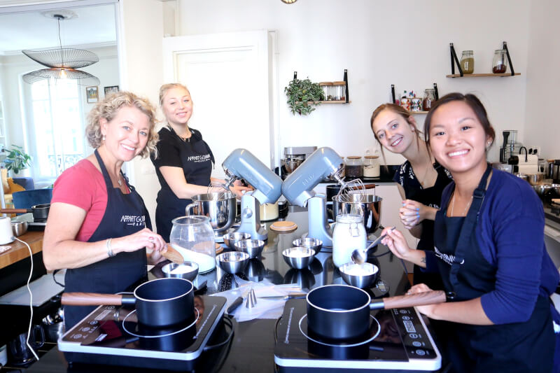 Private Modern & Gourmet Macarons class in a Parisian Home