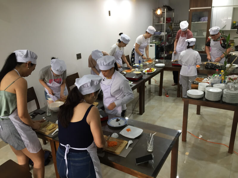 Market Tour and cooking class in Da Nang