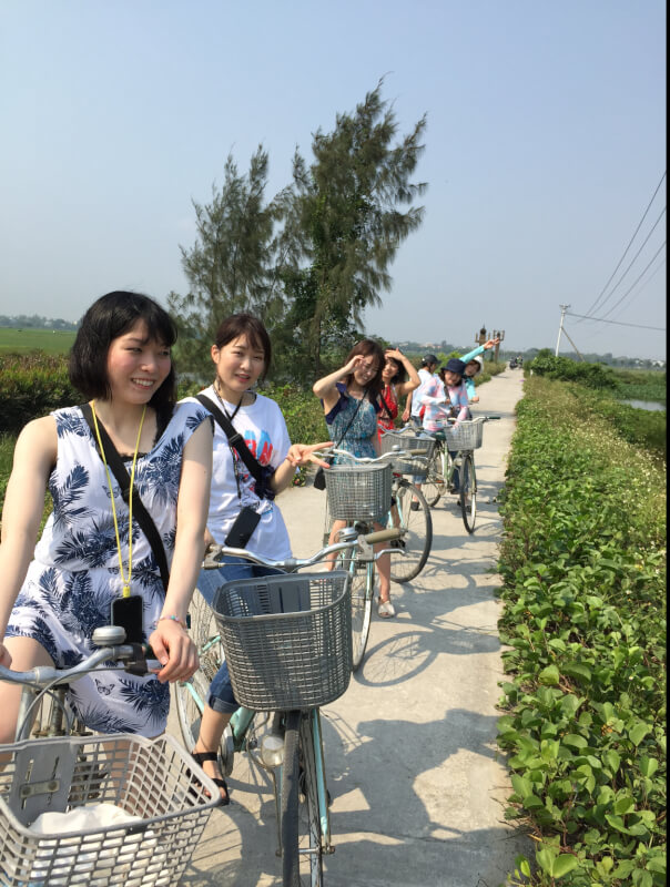 Bicycle and cooking class in Hoi An