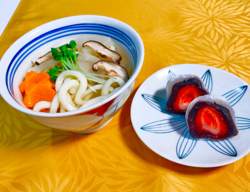 〈Online class 〉Home made Udon from scratch & Strawberry Daifuku 