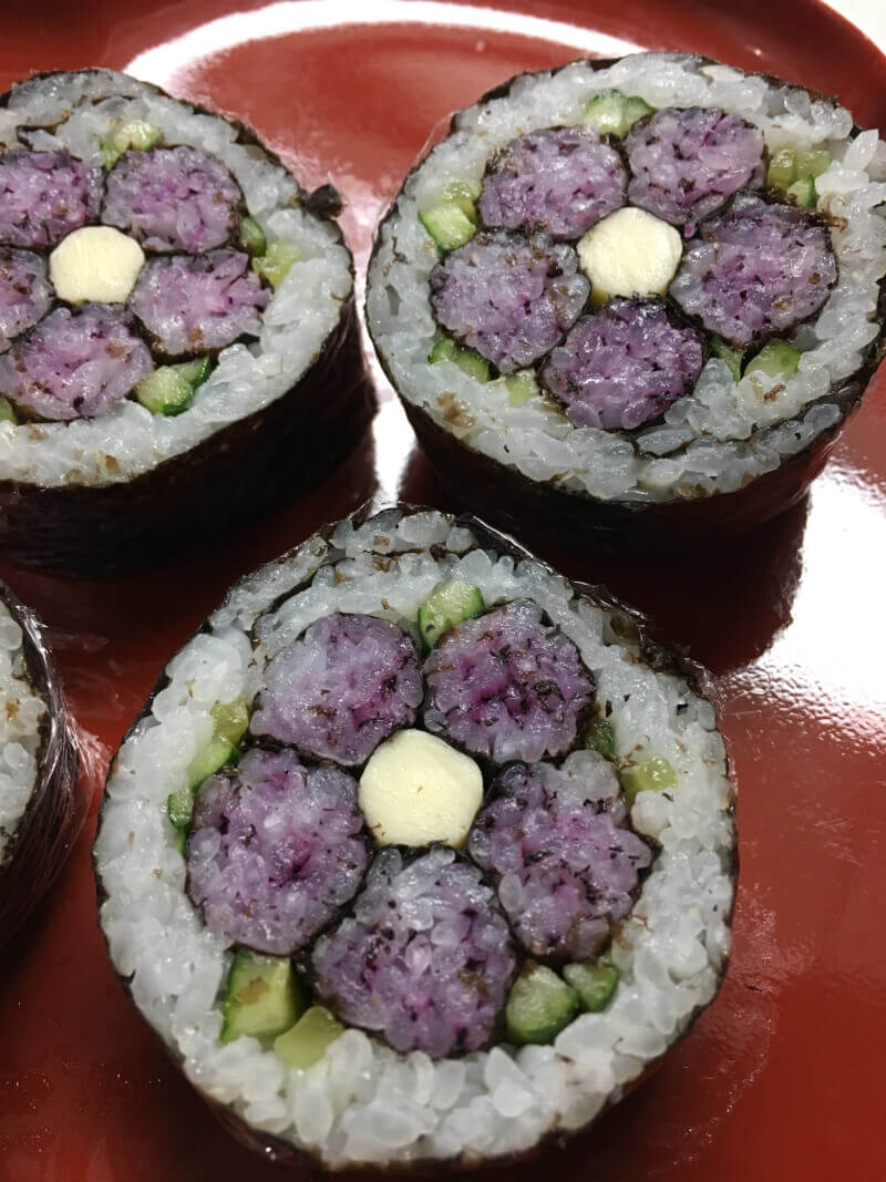Deco sushi roll & Tohu & more