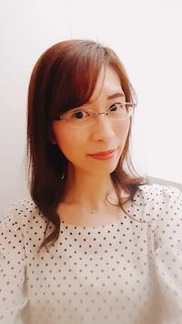 host-Akiko
