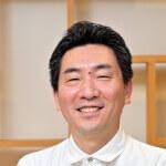 host-Yoshi