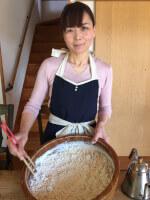 host-Makoto