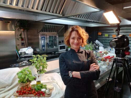 cooking-class-host-Sabina