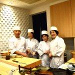寿司割烹を営む寿司職人が、airKitchenのホスト向けに本格お寿司作り体験を開催しました!